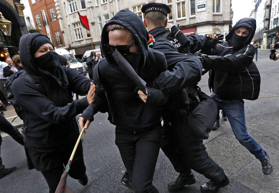 جرم تمرد نسبت به مامورین دولت
